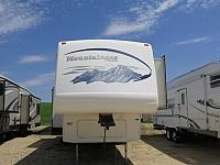 2005 Keystone Montana Mountaineer 329RLS FW Stk #2447