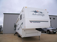 2005 Fleetwood Wilderness Advantage 305RLDS FW Stk# 888