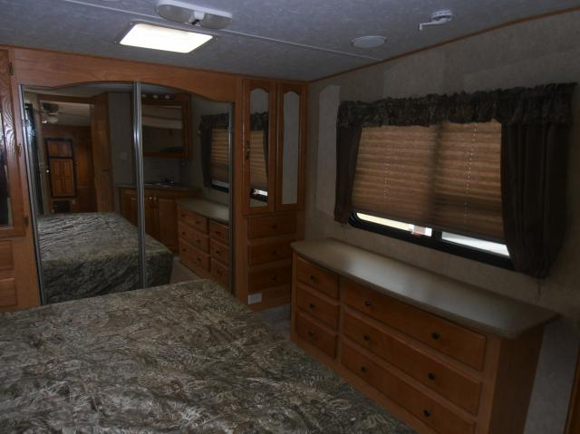 2007 Forest River Sandpiper 325RGT FW Stk #1970