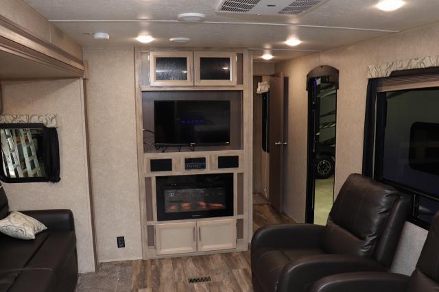 2019 Forest River Coachmen Catalina Legacy 303RKDS TT Stk #2611
